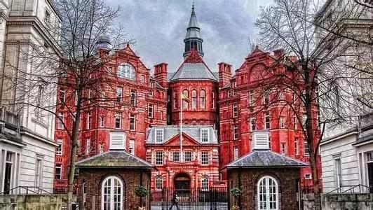 英国伦敦艺术大学申请2017年入学面试通知